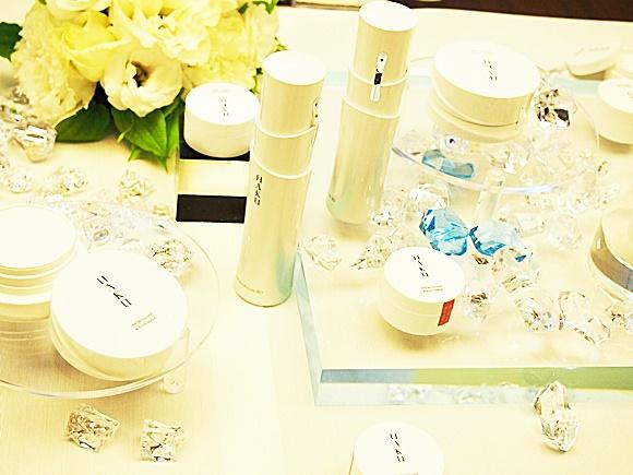shiseido-haku-melanocool-whitesolid (4)