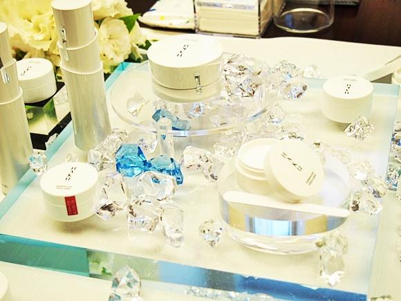 shiseido-haku-melanocool-whitesolid (5)