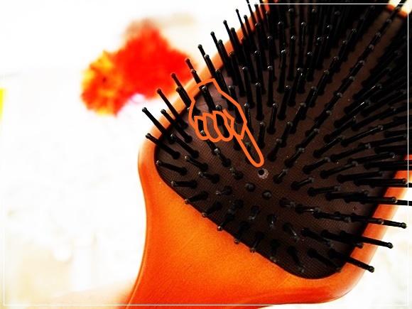 AVEDA-Paddle brush (12)