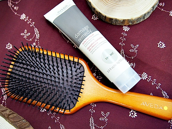 AVEDA-Paddle brush (3)