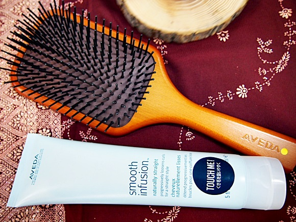 AVEDA-Paddle brush (4)