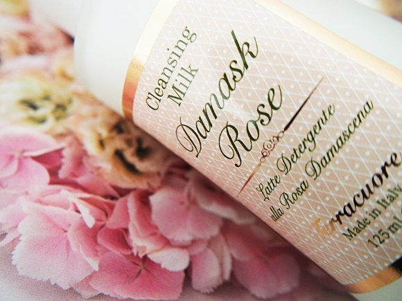terracuore-damask-rose-cleansing-milk (4)